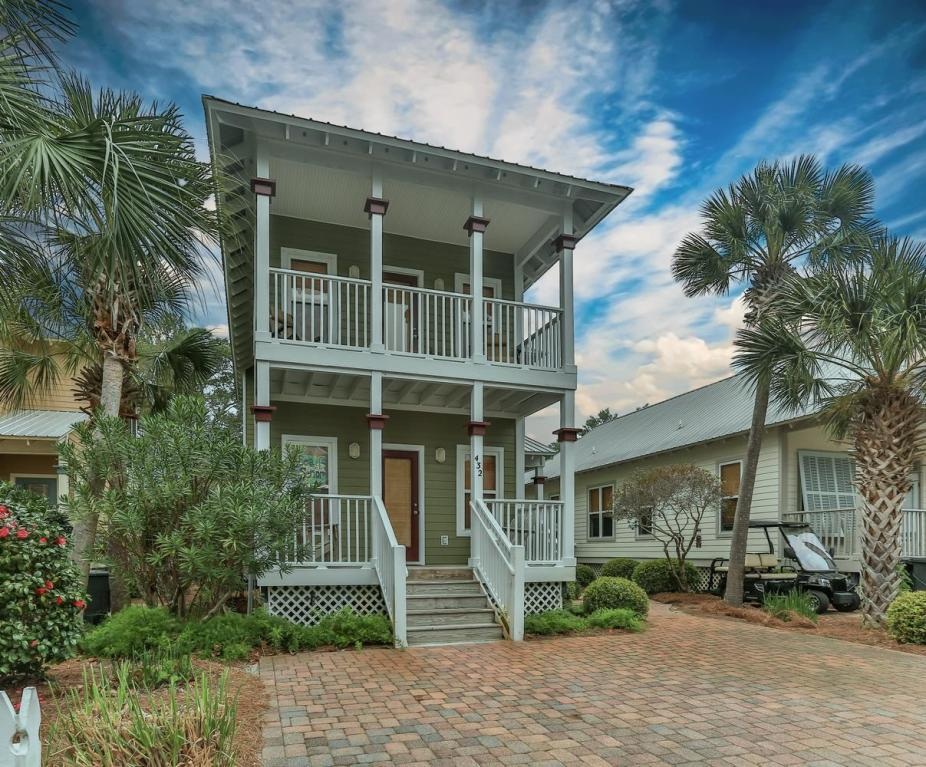 Miraculous Two Story Beach Cottage Under Contract In Old Florida Download Free Architecture Designs Embacsunscenecom